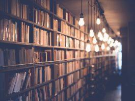 Imagen de biblioteca antigua