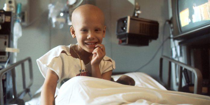 Imagen de un niño enfermo de cáncer